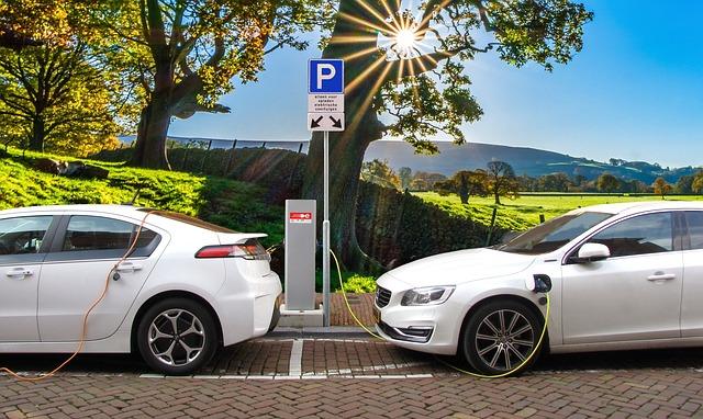 Auto elettrica a casa: come ricaricare e quanto consuma