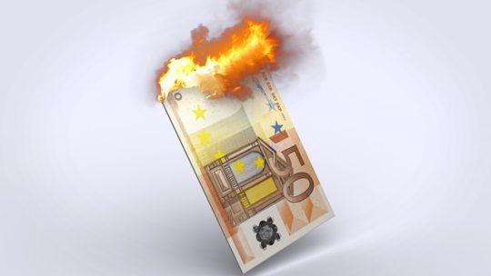 Rincaro bollette: i motivi reali e come risparmiare